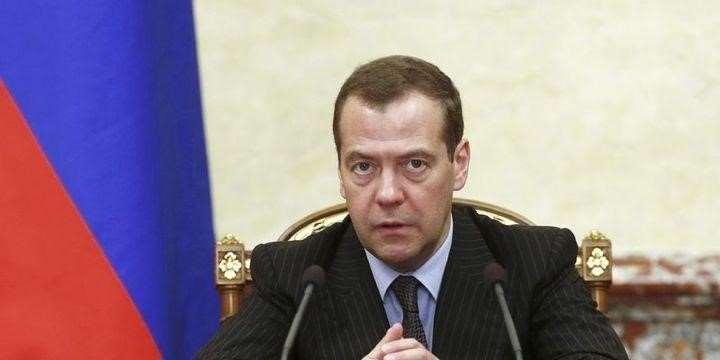 Medvedev: ABD Rusya'ya Yönelik Ticaret Savaşı Başlattı: